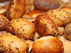 Brunchen-Sonntags-Broetchen-Korb