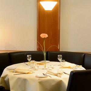Restaurant-Ambiente-Tischdekoration